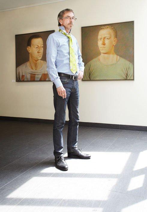 Spürt er Akzeptanz und Toleranz in Mainz? Auch Galerist Rolf Weber meldete sich zu Wort.