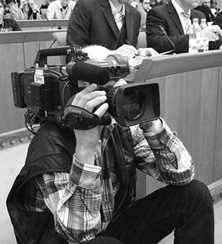 Medientraining sorgt für einen souveränen Auftritt vor der Kamera.