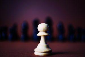 Führungstraining in punkto Kommunikation und Konfliktmanagement die richtigen Schachzüge zu wählen.