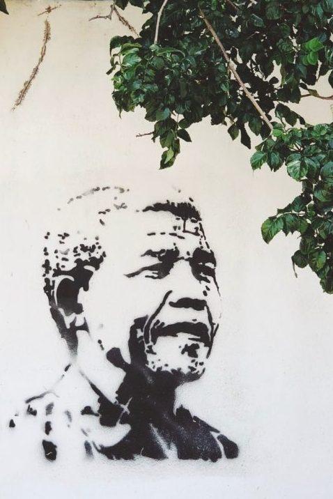 Transformationale Führung bedeutet sein Team und sein Land so wie Nelson Mandela in die Zukunft zu führen.